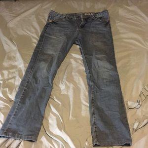 Denim - Lola size 32 blue jeans